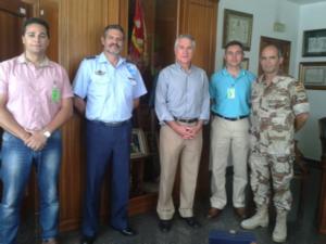 Tras la entrega de la metopa (Raúl Ramos, Coronel Sánchez, Coronel Gallego, Angel Molina y Juan Antonio Matanzas)