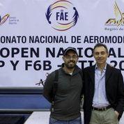 Izqda.: Emilio Cánovas Moreno (Gerente de AcroRC.com). Dcha.: Ángel Molina Cánovas (Presidente de FAMUR)